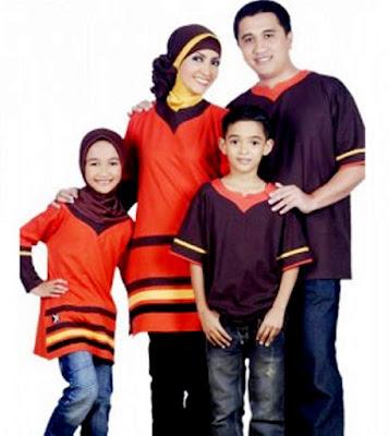 Baju Kaos Muslim Seragama Keluarga Modern