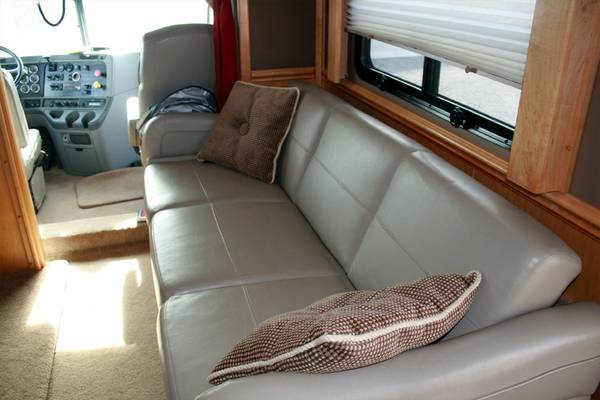 Used Rvs Haulmark 40ft Toterhome For Sale By Owner