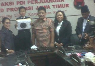 Pato Sayyaf bersama anggota DPRD Jatim
