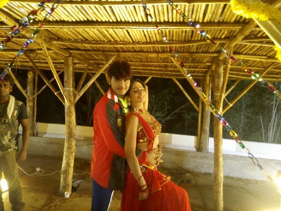 Arvind Akela Kallu Shooting stills of Bhojpuri Movie Balma Biharwala 2