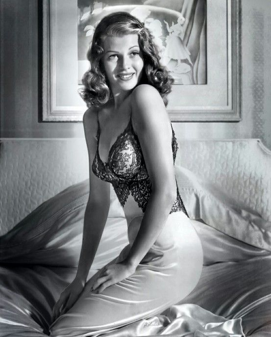 Hot Nude Pictures Of Rita Hayworth HD