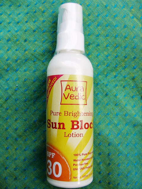 Auravedic Pure Brightening Sunblock Lotion SPF 30 Review