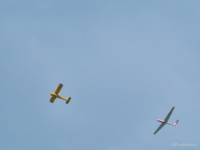 Spatiul negativ (deasupra avionului si planorului) - blog FOTO-IDEEA