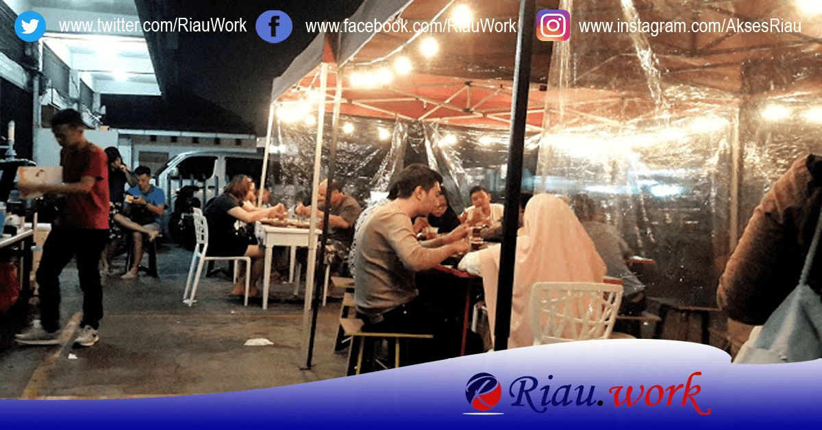 Lowongan Waitress Chick And Cheese Cafe Desember 2017