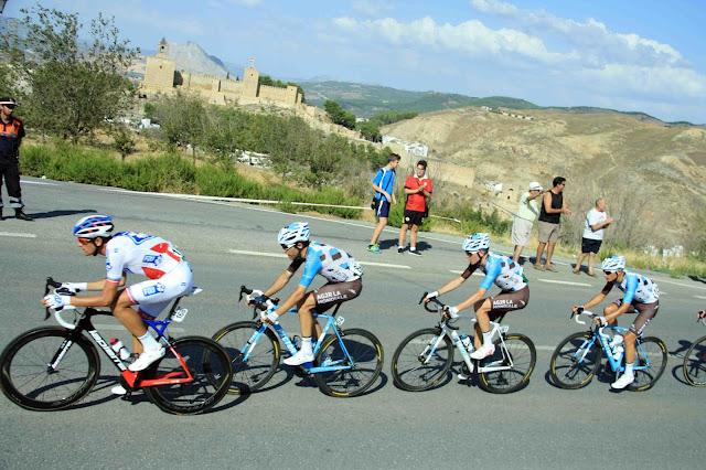 Fotos del final en Antequera de la Vuelta Ciclista a España