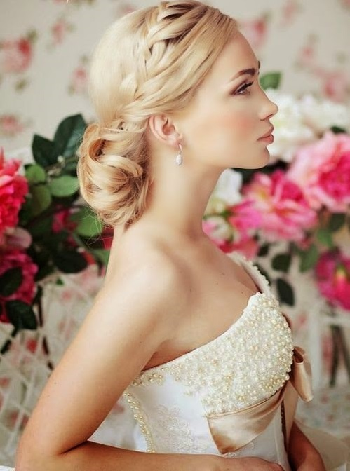 Glamorous Wedding Hairstyles For Brides and Bridesmaids.