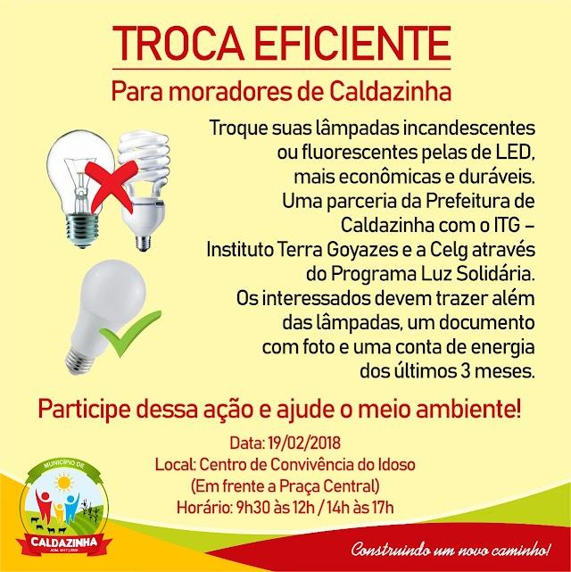 Caldazinha realiza troca de lâmpadas de alto consumo pelas de LED