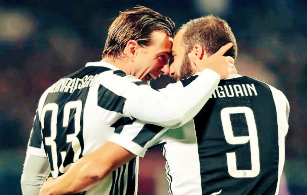 Bernardeschi e Higuain firmano lo 0-2 della Juventus in casa della Fiorentina | Calcio Serie A