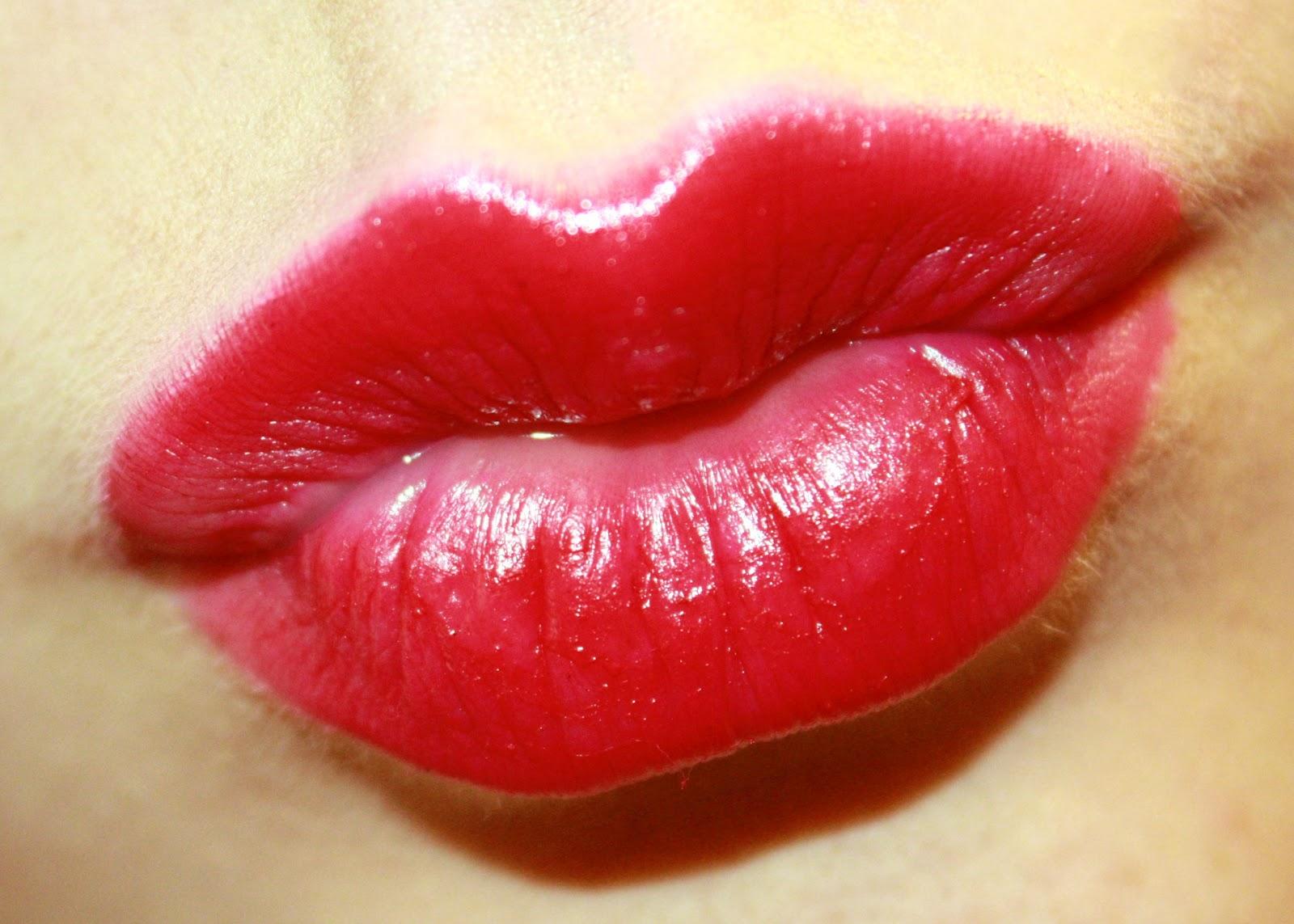 Kiss Lips  Waywardpencils-4099