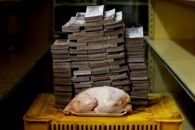 Begitu tak Berharga Mata Uang Venezuela, Setumpuk Uang Cuma Bisa Beli 1kg Daging!