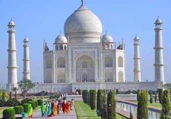 Tempat wisata terkenal di India Taj Mahal