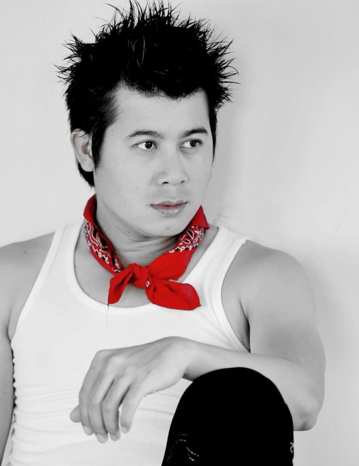 M y a n m a r H u n k s: Zwe Naung