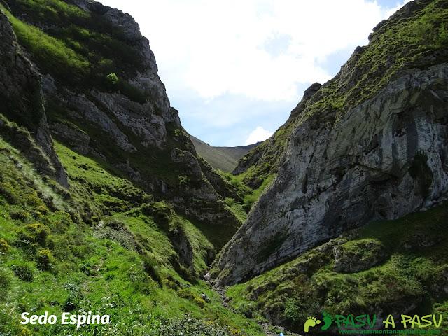 Ruta al Pierzu desde Priesca: Sedo Espina