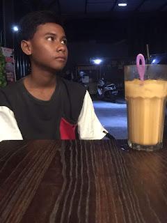 Kisah yang Menginspirasi, Anak Umur 12 Tahun Hidup Sebatang Kara Di Kota
