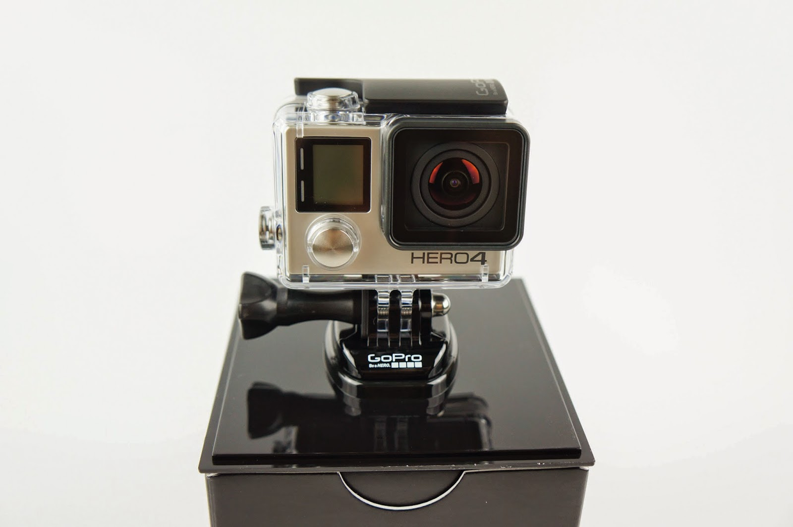 [開箱] GoPro HERO 4 銀色版 當個英雄吧! GoPro%2BHERO4-3