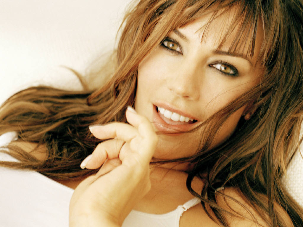 Actress and Celebrity Pictures: Krista Allen