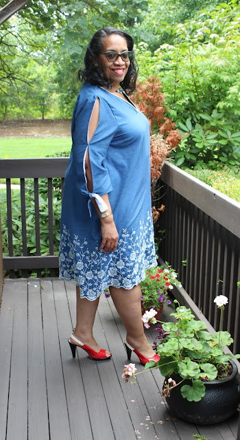 e48a1dc4e2 ... the nested patterns appeared on Amazon, I bought several...and then  several more...without sewing any of them. However, I've seen a few of  these dresses ...