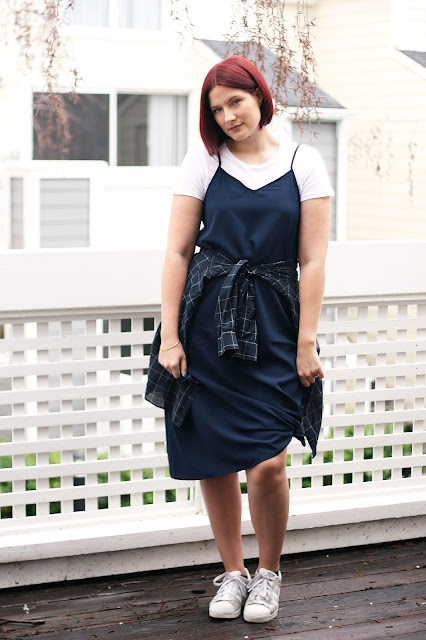 Uniqlo, gap, affordable womenswear, fashion blogger, navy ootd
