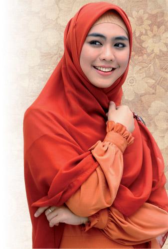 Cara Hijab Syar I Ala Oki Setiana Dewi
