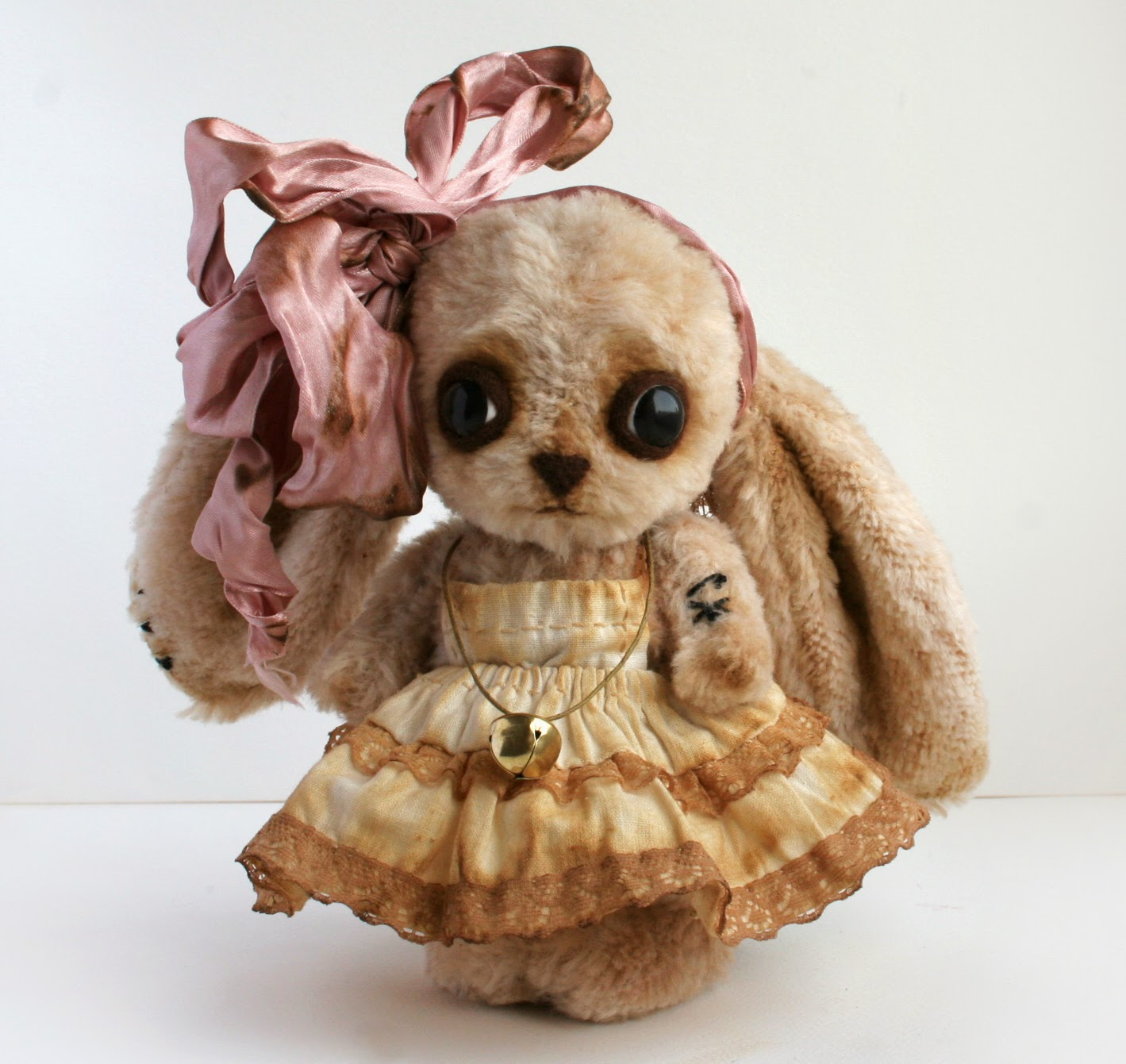 art toy bunny