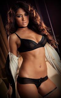 Horny and twerking - Sexy Naked Girl Jessica Burciaga