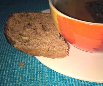 Banana Bread con Farina Integrale, Noci, Semi di Girasole e Burro d'arachidi