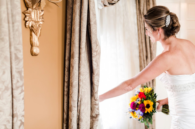 1840s Ballroom Baltimore MD Wedding | Photos by Heather Ryan Photography
