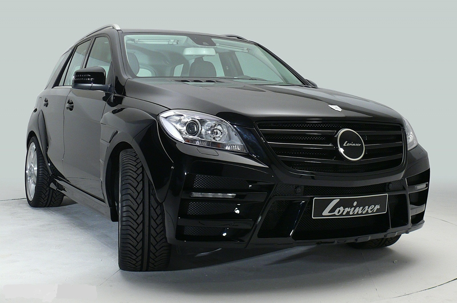 sport car garage lorinser mercedes benz m class 2012. Black Bedroom Furniture Sets. Home Design Ideas