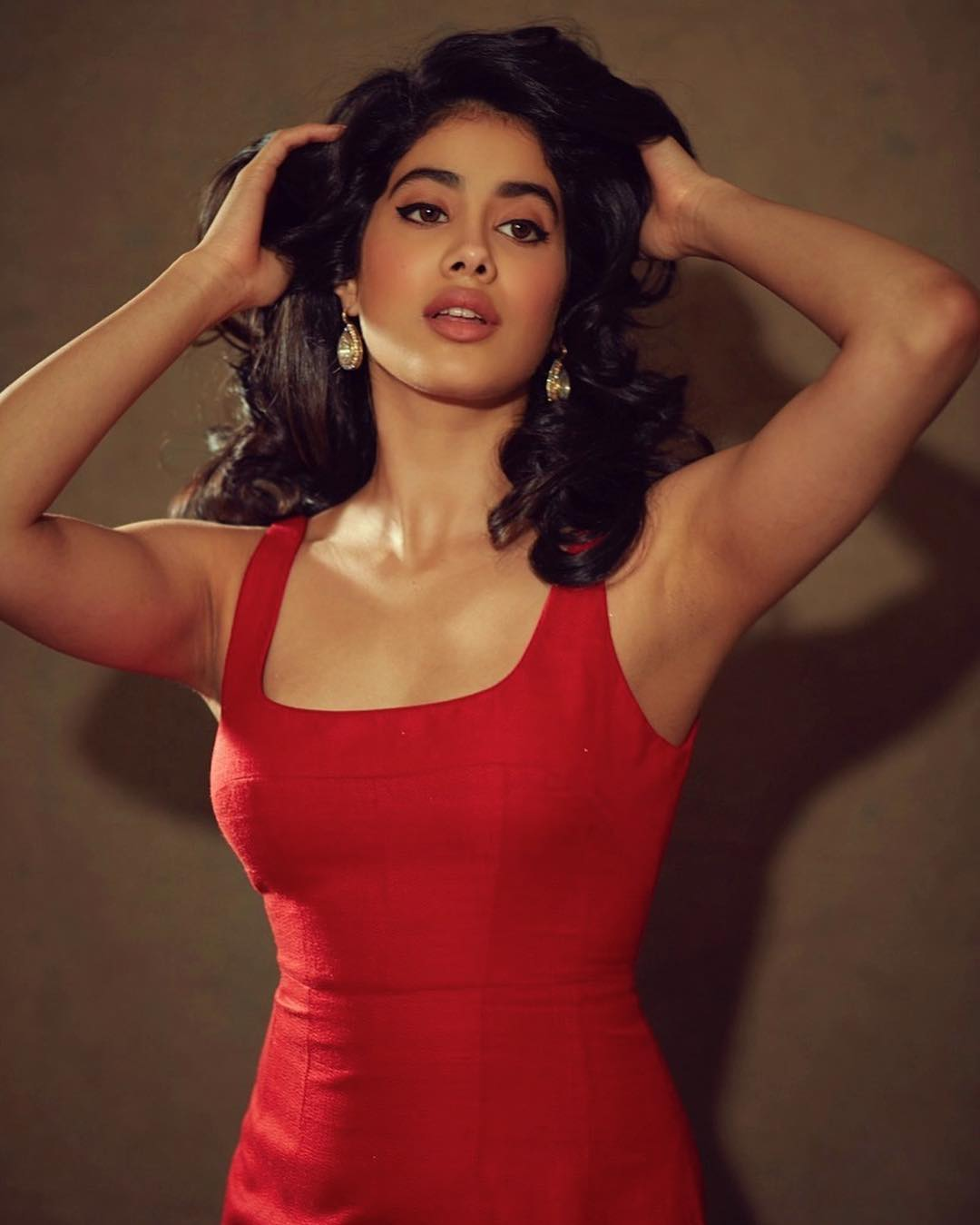 Fans of Janhvi Kapoor flooded the comments section on her latest Instagram post