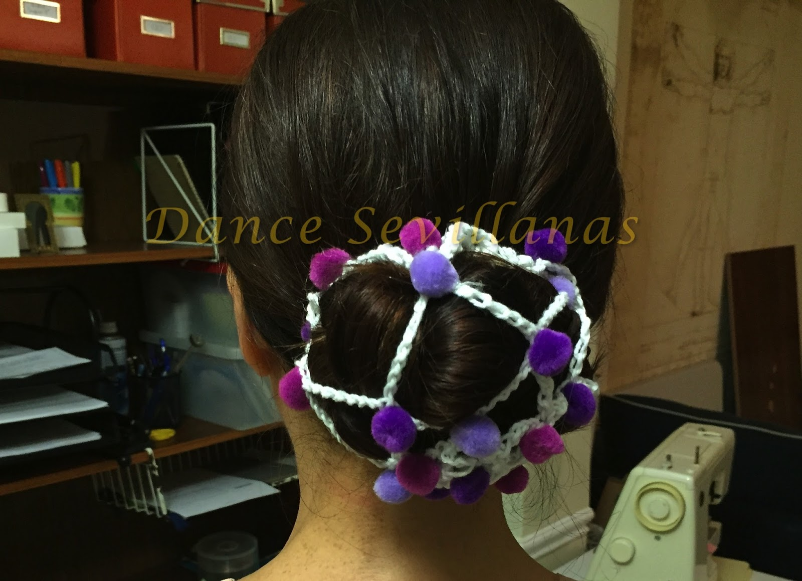 Dance Sevillanas DIY Pompon Hair Net For Feria - Diy bun cover