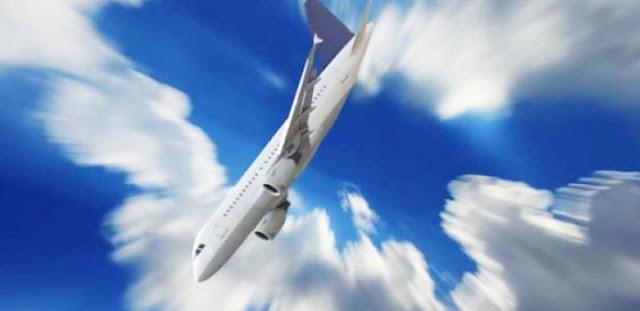 "Pesawat Lion Air JT 610 Menukik Tajam, Air Laut Berubah Jadi Beton"""