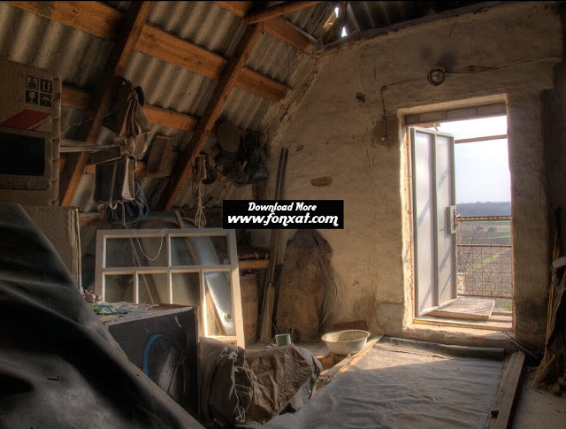 hd wallpapers : Old Attic