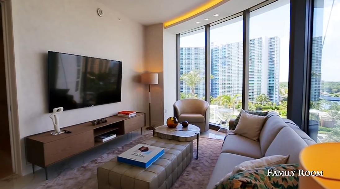 37 Interior Design Photos vs. Ritz-Carlton Residences Sunny Isles Beach Luxury Condo Tour