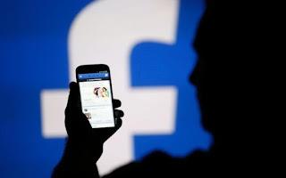 Apa Saja Data Pengguna yang Disimpan Google dan Facebook