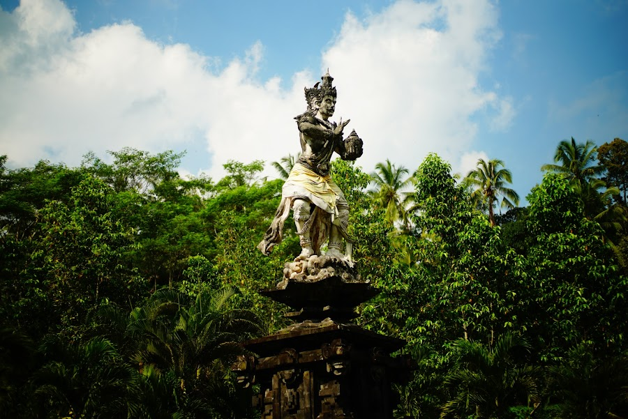 Bali Tirta Empul holy spring temple
