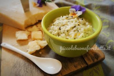 Foto Ricetta risotto alle erbe aromatiche e parmigiano senza brodo per bambini