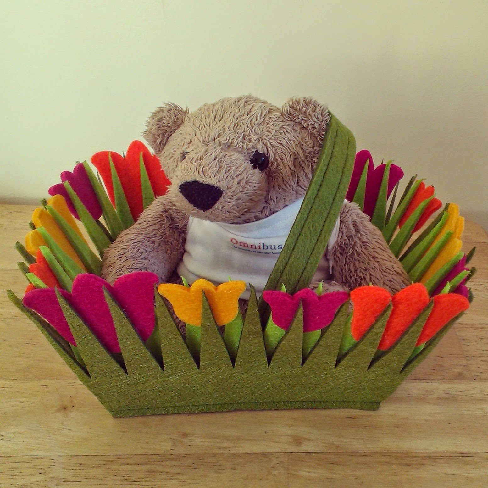 Bath Omnibear in Tulip Basket
