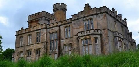 Mansão abandonada Escócia