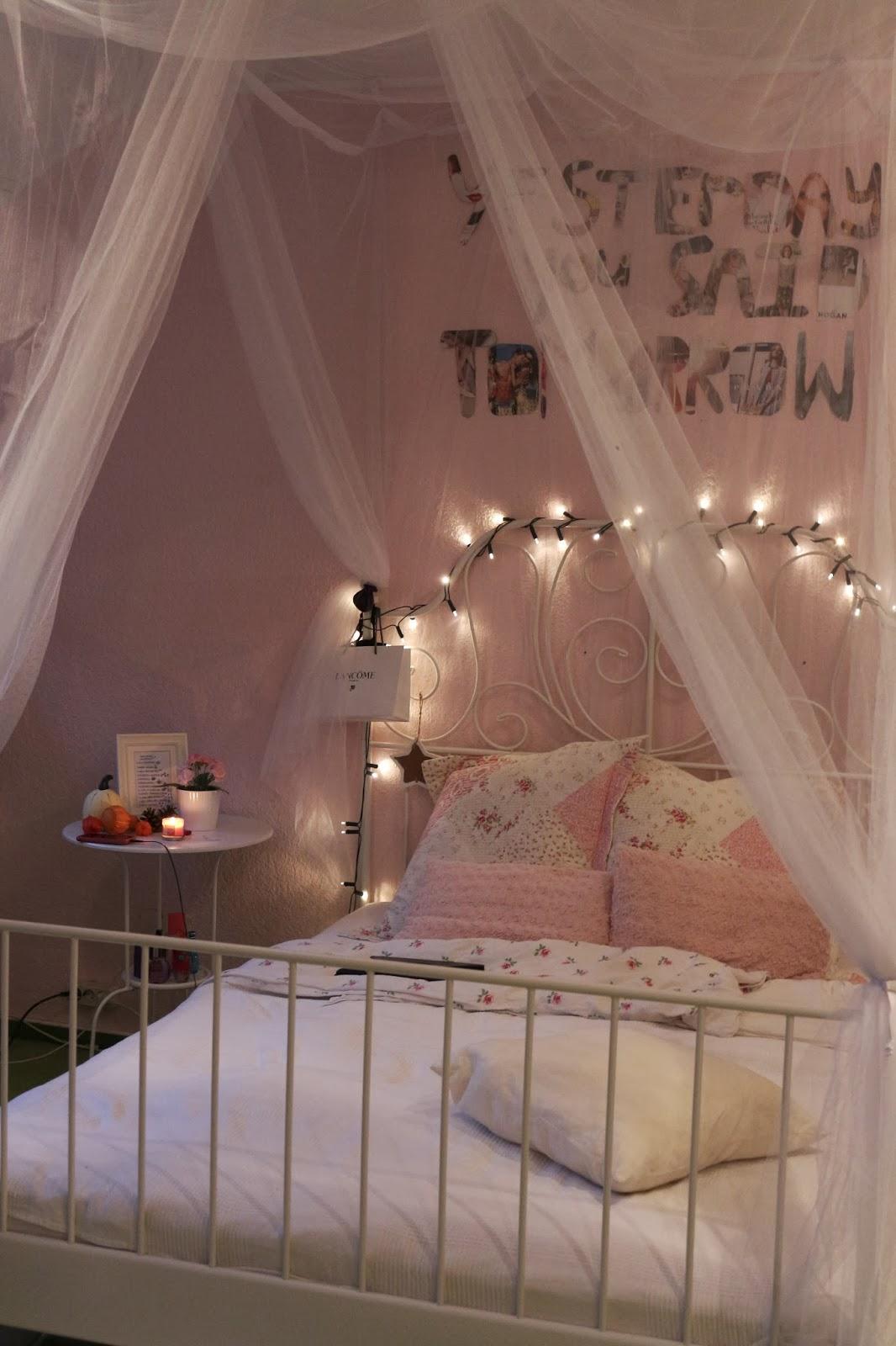 lange fensterbank dekorieren orientalisch raum und. Black Bedroom Furniture Sets. Home Design Ideas