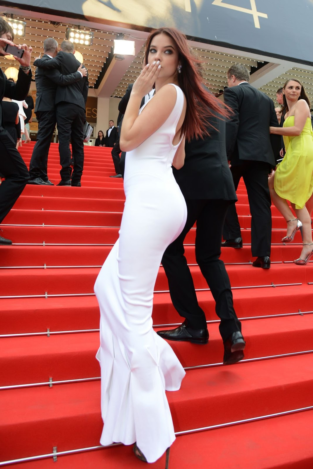 Full HQ Hot Photos & Sexy Wallpapers of Barbara Palvin At The Search Premiere At Cannes Film Festival