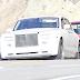 FOTOS: Lady Gaga conduciendo en las calles de Malibú - 19/07/16