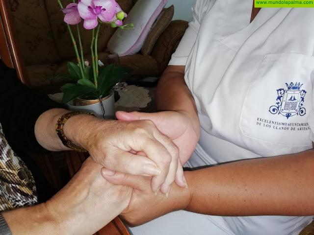 El Ayuntamiento de los Llanos de Aridane incrementa el personal de ayuda a domicilio que atiende a 150 unidades familiares