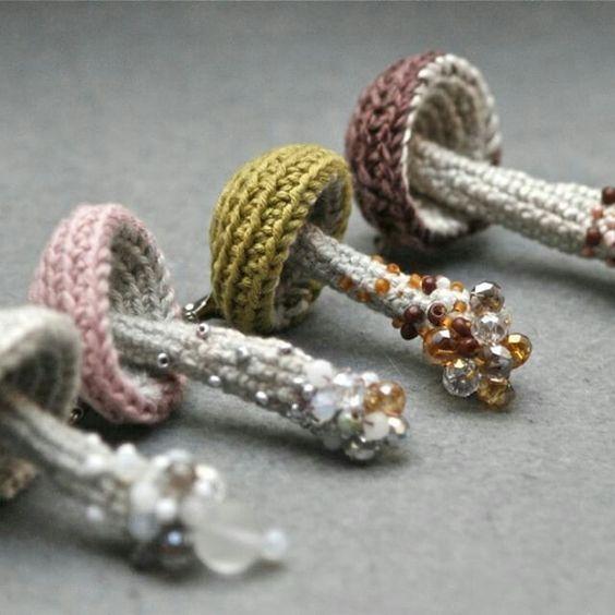 szydełkowa biżuteria