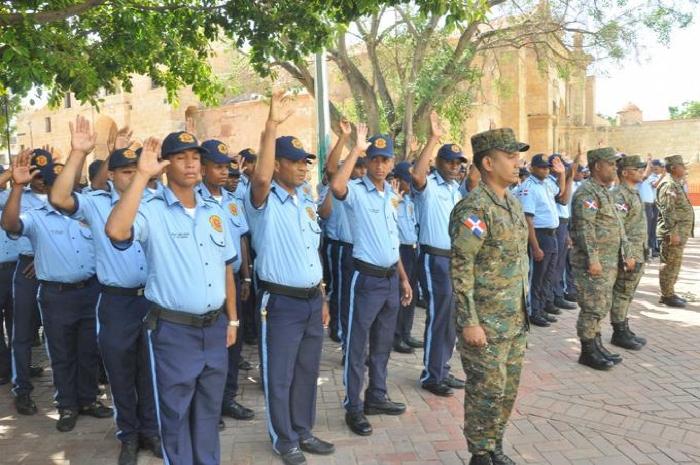 ¿Cuál es la función de un policía municipal?