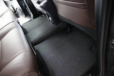 Thảm lót sàn Toyota Fortuner