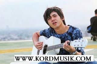 Kunci Gitar Arbani Yasiz - Makin Gila