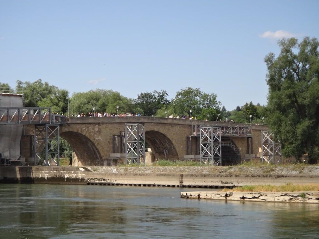 Steinerne Brücke em Regensburg