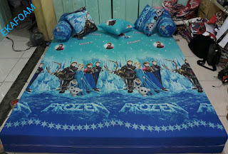 Sofa bed inoac motif Frozen biru