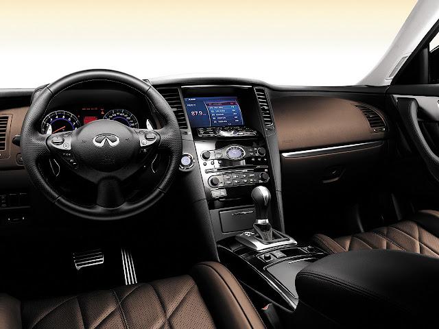 Infiniti FX50 V8 japoński klasa premium luksusowy komfortowy samochód 日本車 日産 インフィニティ