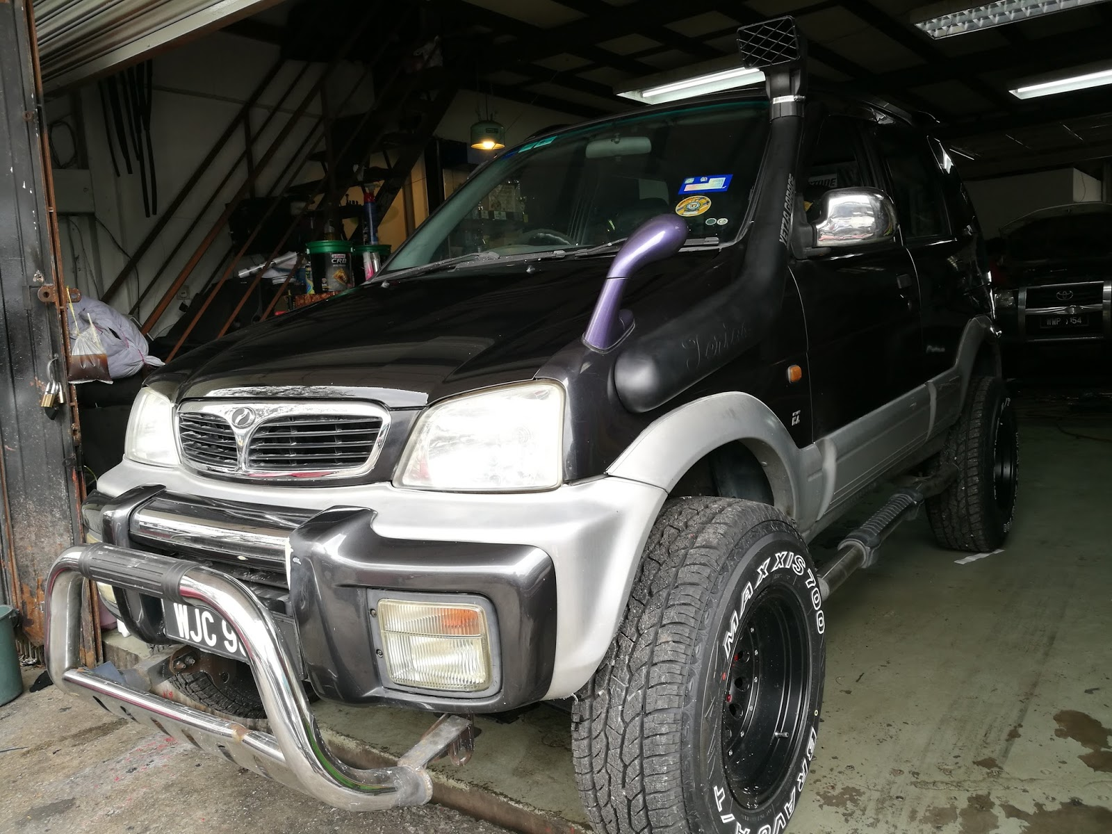 Perodua Kembara   Daihatsu Terios Workshop